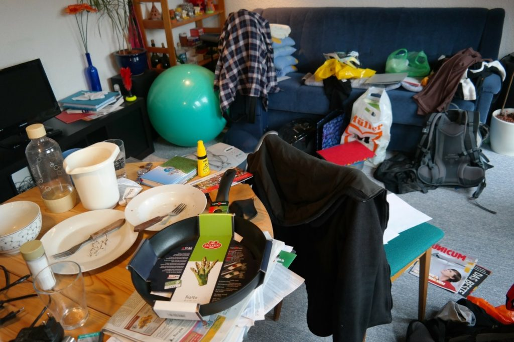 Junk removal for a messy house